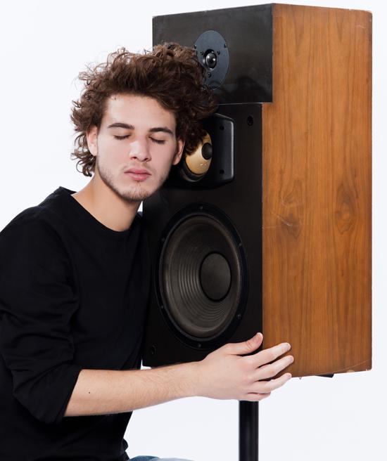 שיפור איכות הצליל בקולנוע הביתי